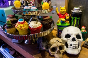 Cupcakes & Skulls