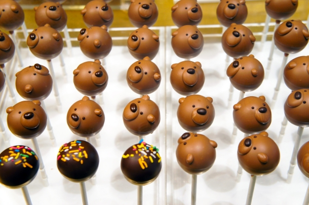 Chocolate Bear Pops