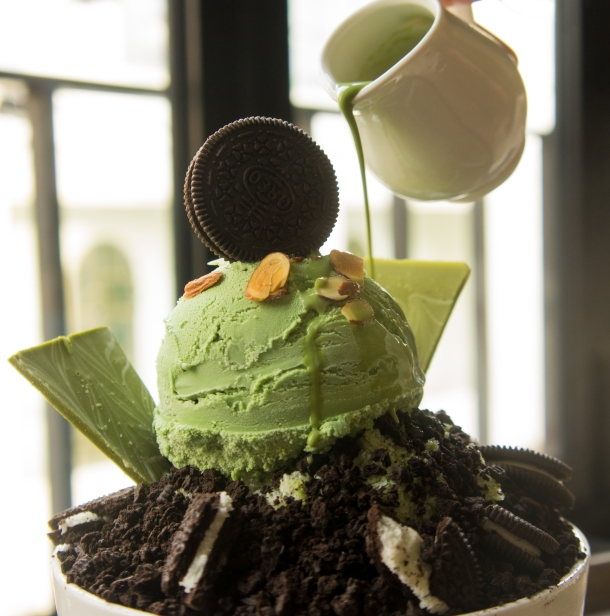 Green Tea Oreo Bingsu Detail