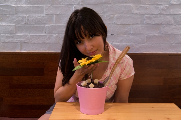 Eating Flower Bingsu