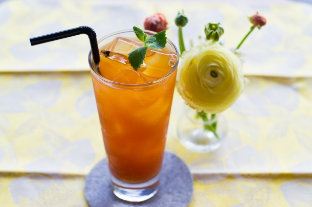 Rooibos Grapefruit Tea Cocktail
