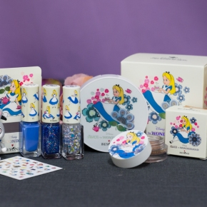 Beyond: Alice in Wonderland Makeup Collection