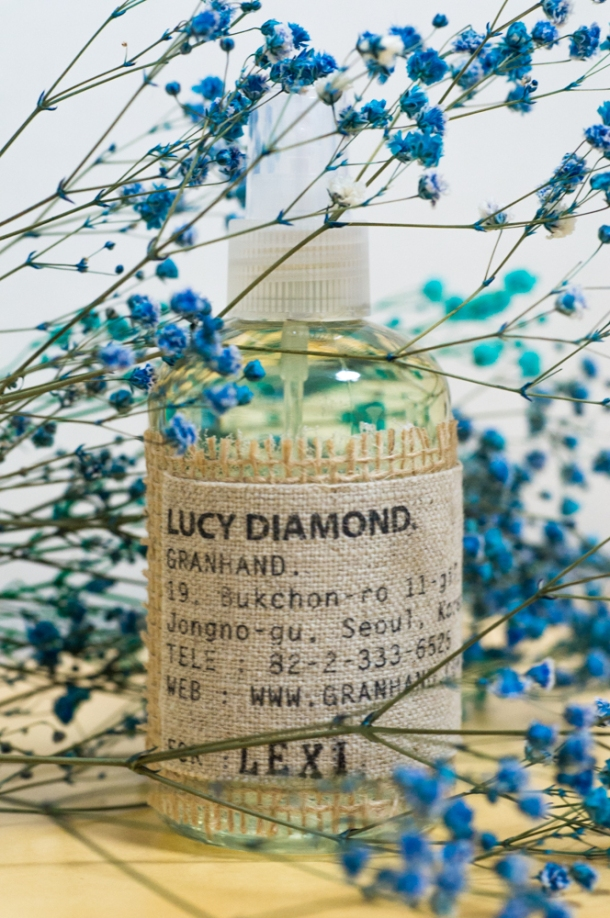 Lucy Diamond Blue