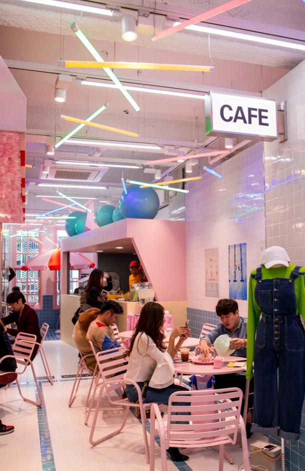 Pink Pool Cafe