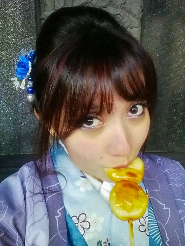 Mitarashi Dango (Selfie)