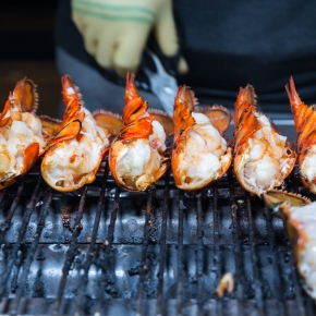 5 NEW Street Foods to Try in Myeongdong