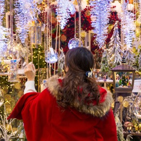 Christmas Decoration Shopping in Korea